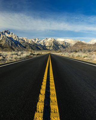 Road. Eastern Sierra.