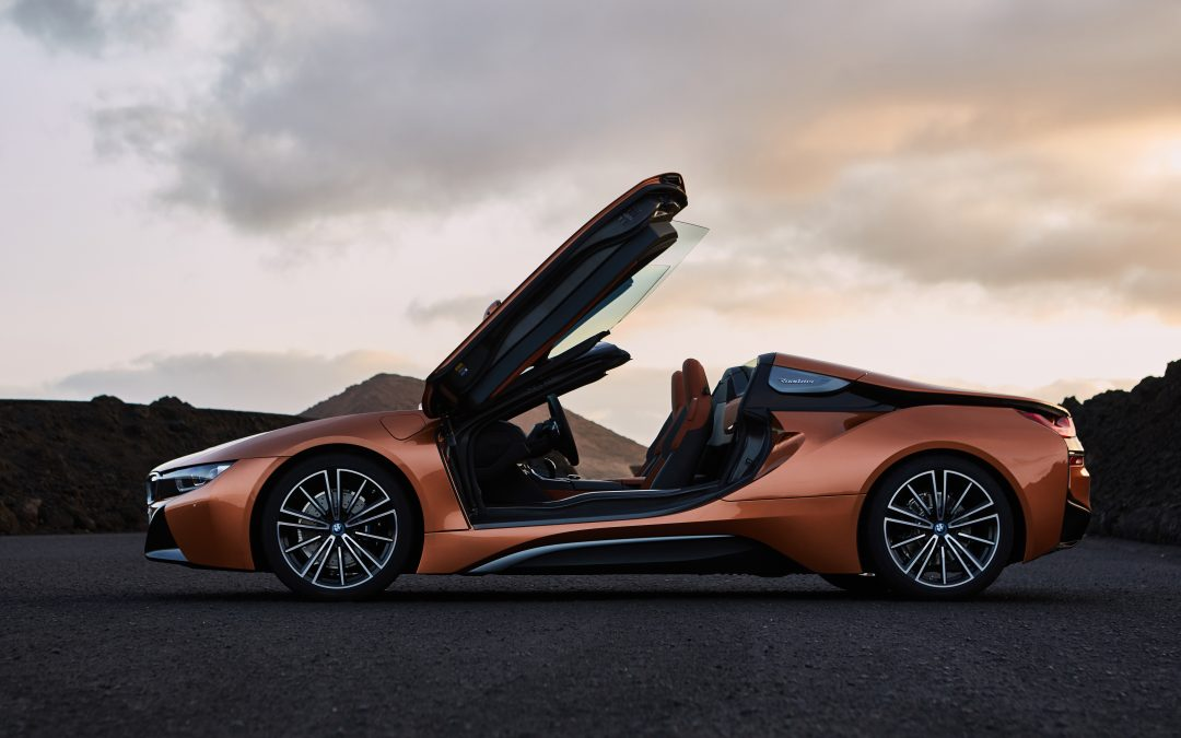 i8 Roadster Makes its Debut