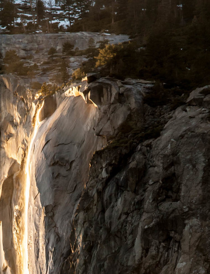 Capturing the Yosemite Firefall (Horse Tail Fall) at Yosemite National Park
