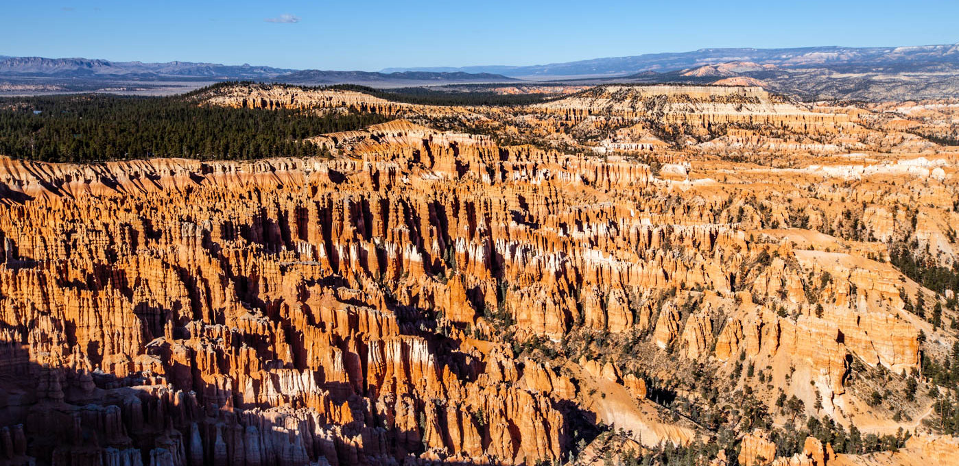 Hiking to the Top of Inspiration Point at Bryce Canyon National Park