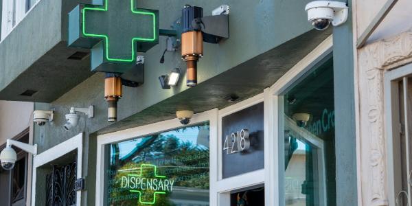 dispensary open till 8 pm