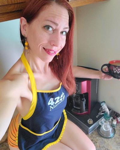 Amber Lynne New Coffee Maker Selfie