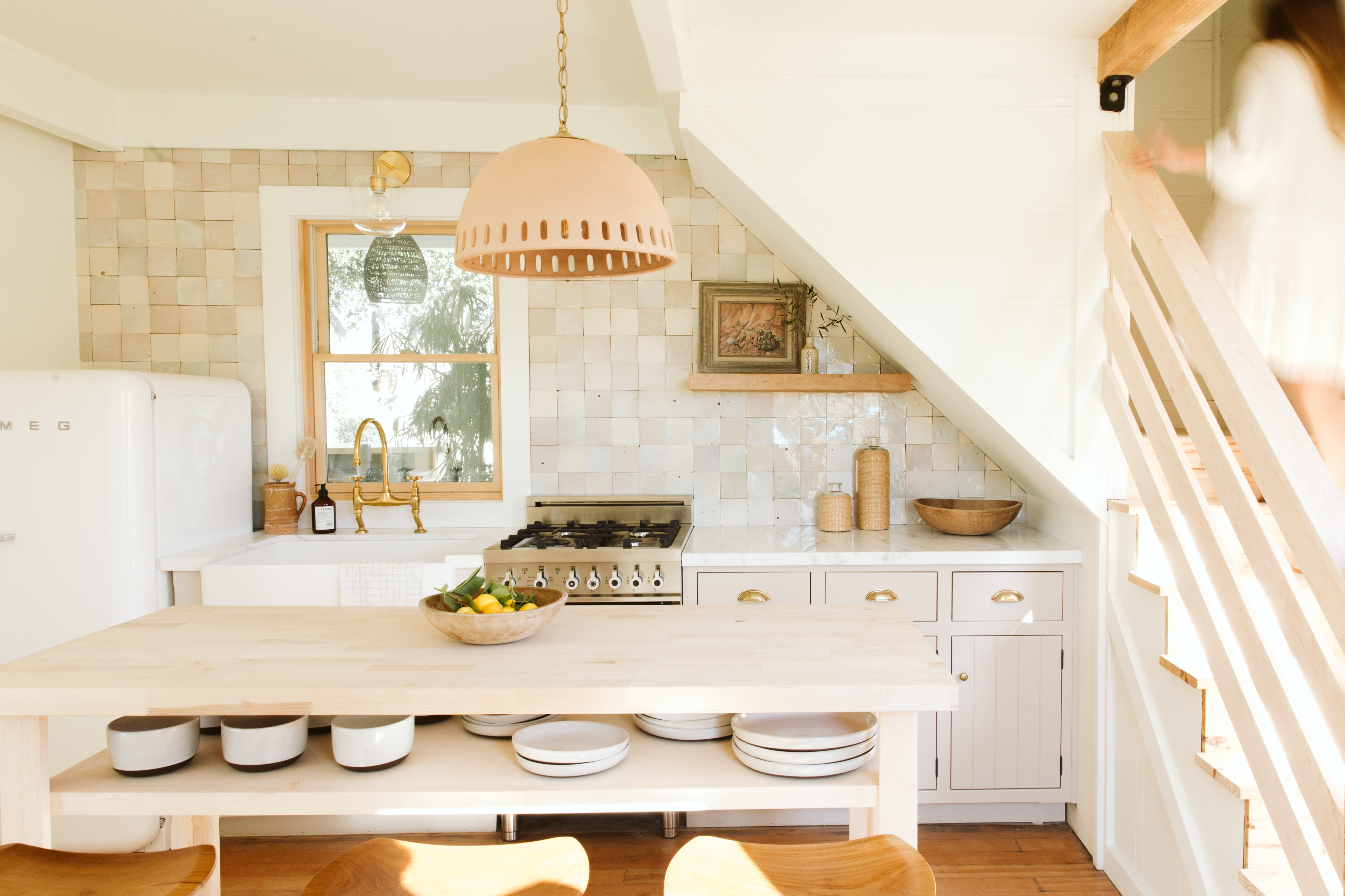 One Wall Kitchens With Islands Ideas And Tips Hunker