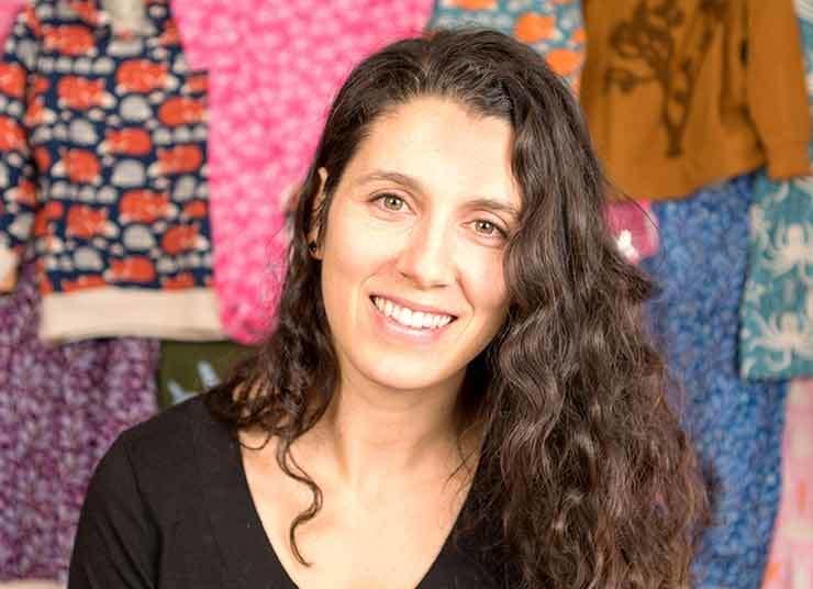 Image for 'Jacqueline Taylor: Nhà Trang Trí Người Mỹ' listing