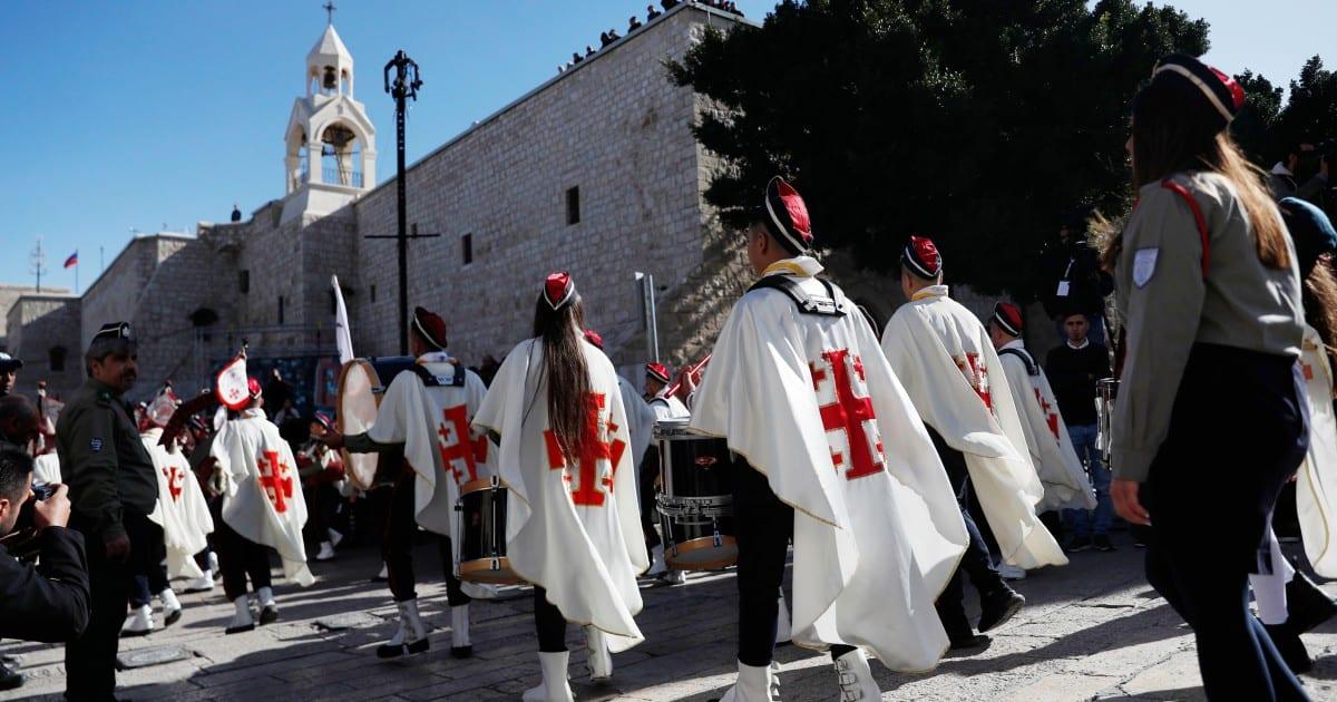 Belén está lista para Navidad. Pero Israel puede prohibir a los cristianos de Gaza del lugar sagrado