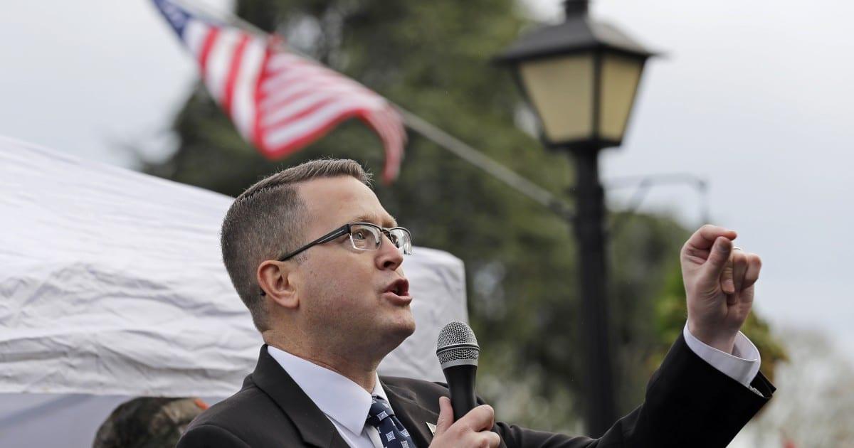 Desde Ruby Ridge hasta Matt Shea, el este de Washington lucha por sacudir el extremismo de extrema derecha