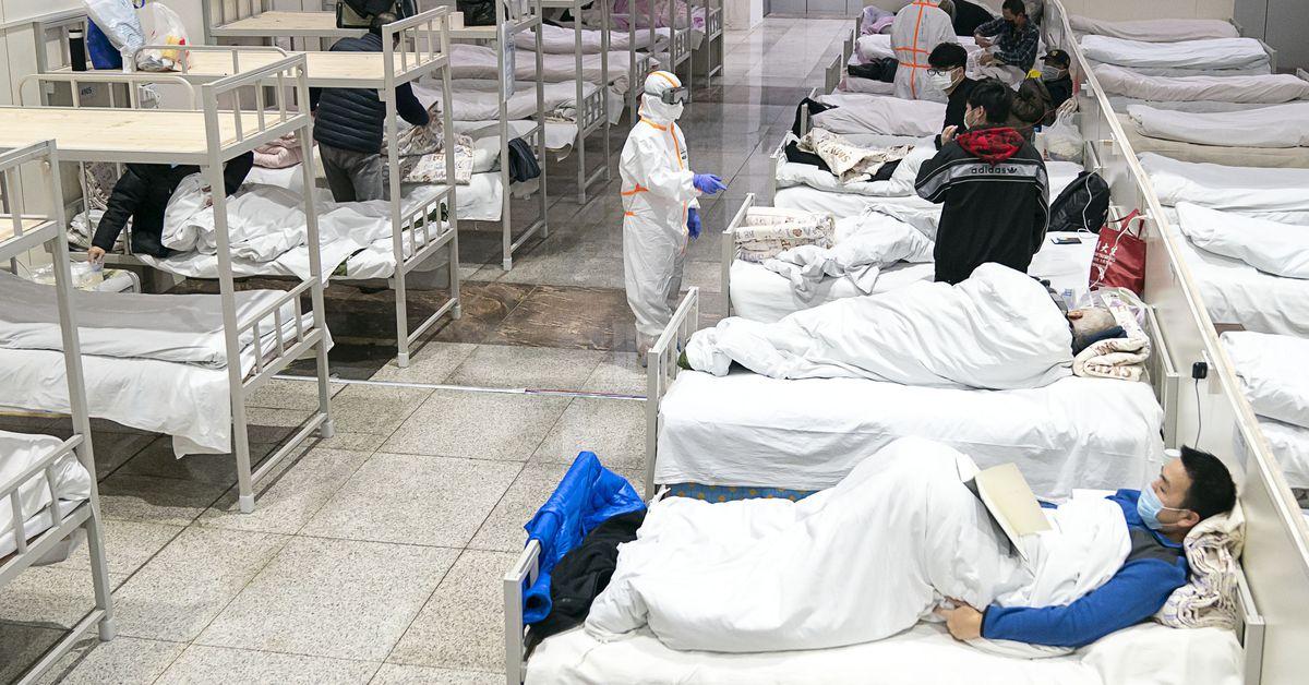El primer estadounidense en morir por el coronavirus fallece en Wuhan