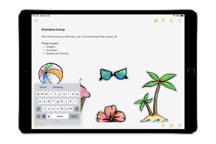 Pantalla de iPad que muestra la aplicación Notas con teclado flotante en la esquina inferior izquierda.