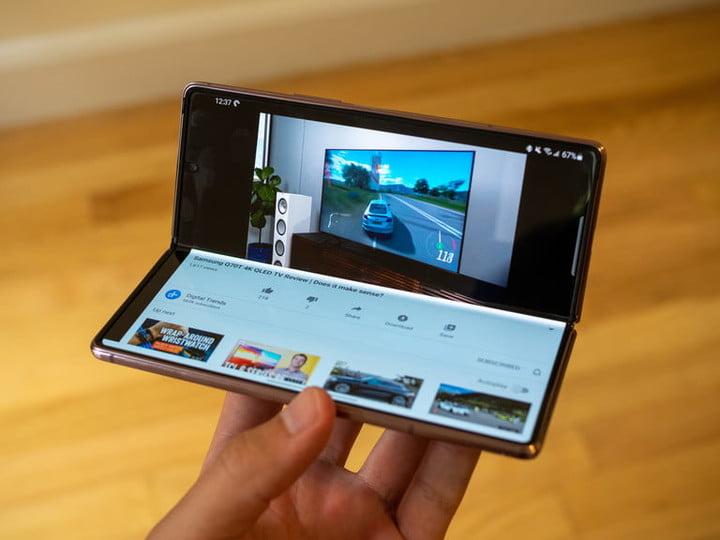 Samsung Galaxy Z-Fold 2