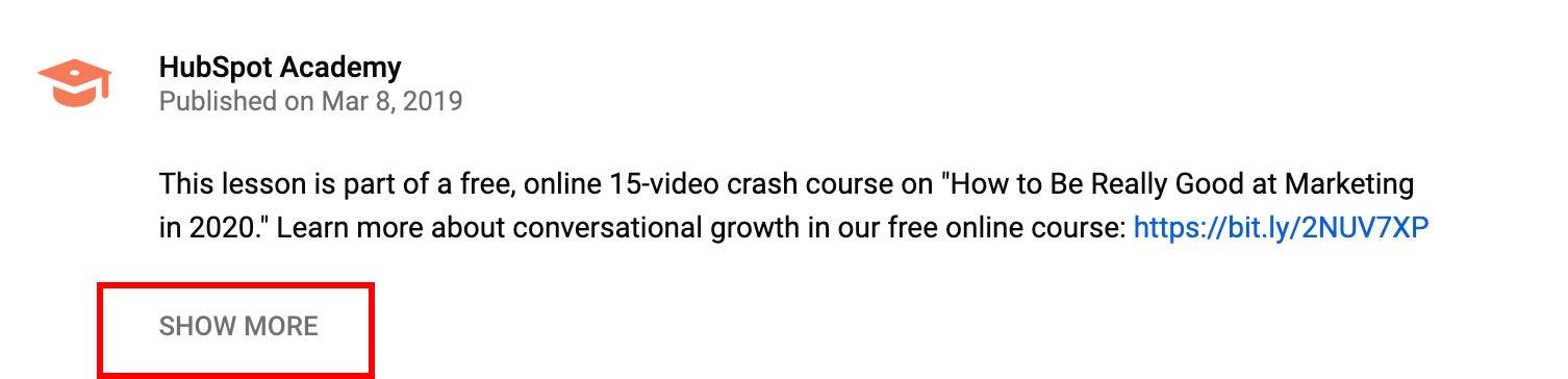 Descripción del video de YouTube contraído con el cuadro Mostrar más resaltado