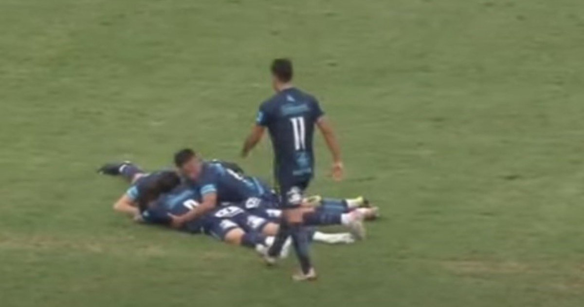 Increíble gol de Facundo Suárez de más de 80 metros que dio la victoria a  Gimnasia de Jujuy en la Primera Nacional - Es de Latino, Noticias en  español para Latinos.