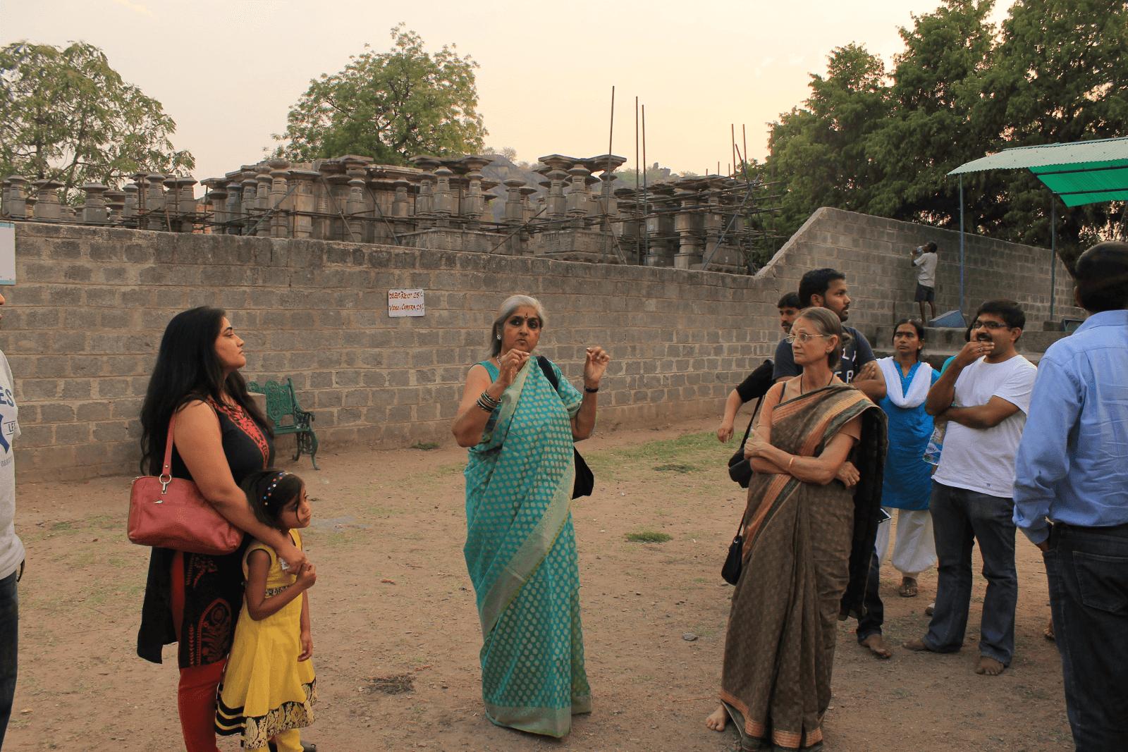 1000 pillar temple interpretation