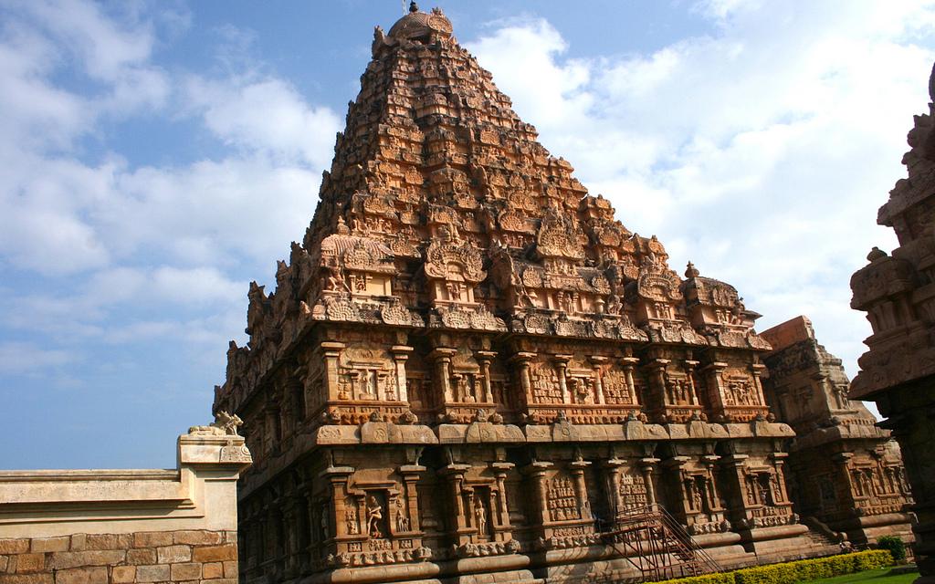 Divine Dravidian Architecture