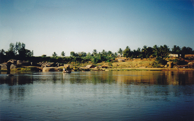 The Tungabhadra river in Hampi Picture Courtesy: Jo Kent from Flickr