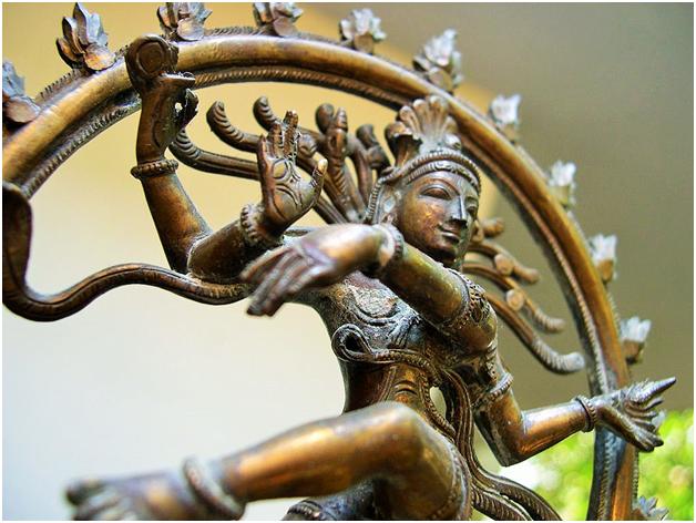 A idol depicting Shiva Thandavam Photo Credit- Flickr/Balu Velachery