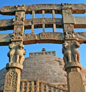 The four gateways of Stupa 1