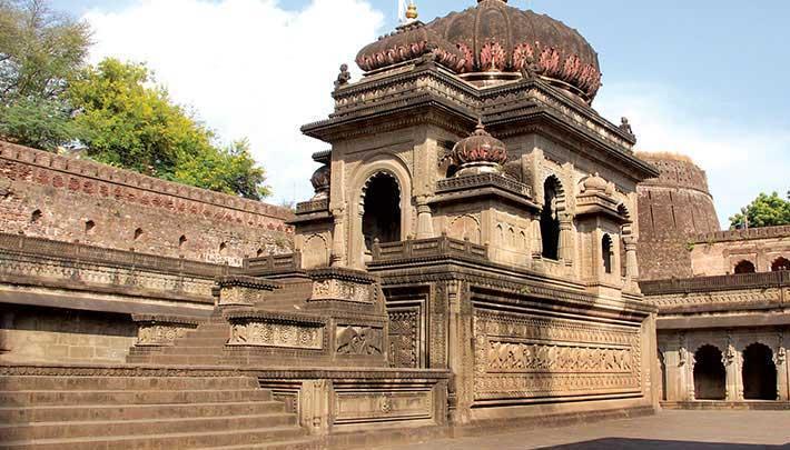 Ahileshwar Temple in Maheshwar