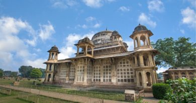 Nearby places to visit around Gwalior-