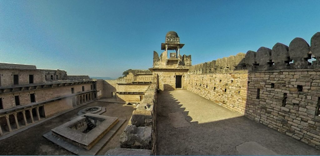 Chanderi Fort Palace