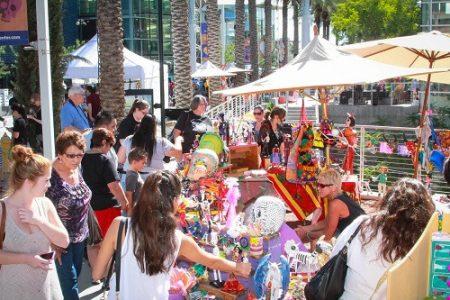 Booths and vendors at Dia De Los Muertos