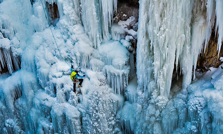 colorado-ice-climbing-classes