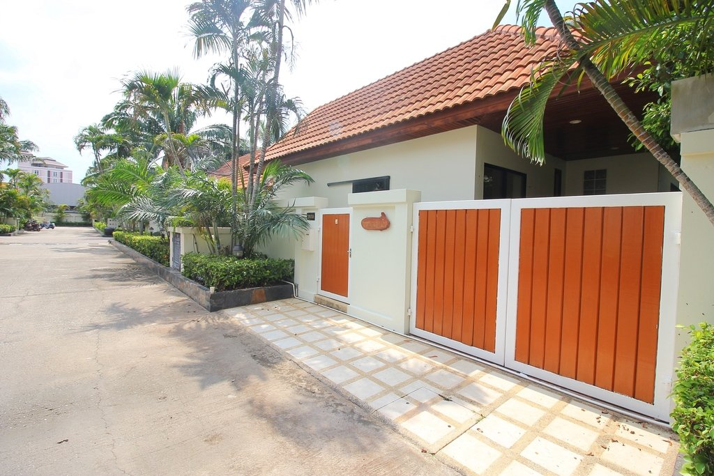View Talay Villas 3 Bedrooms for Sale - Buy/Sell/Rent Land