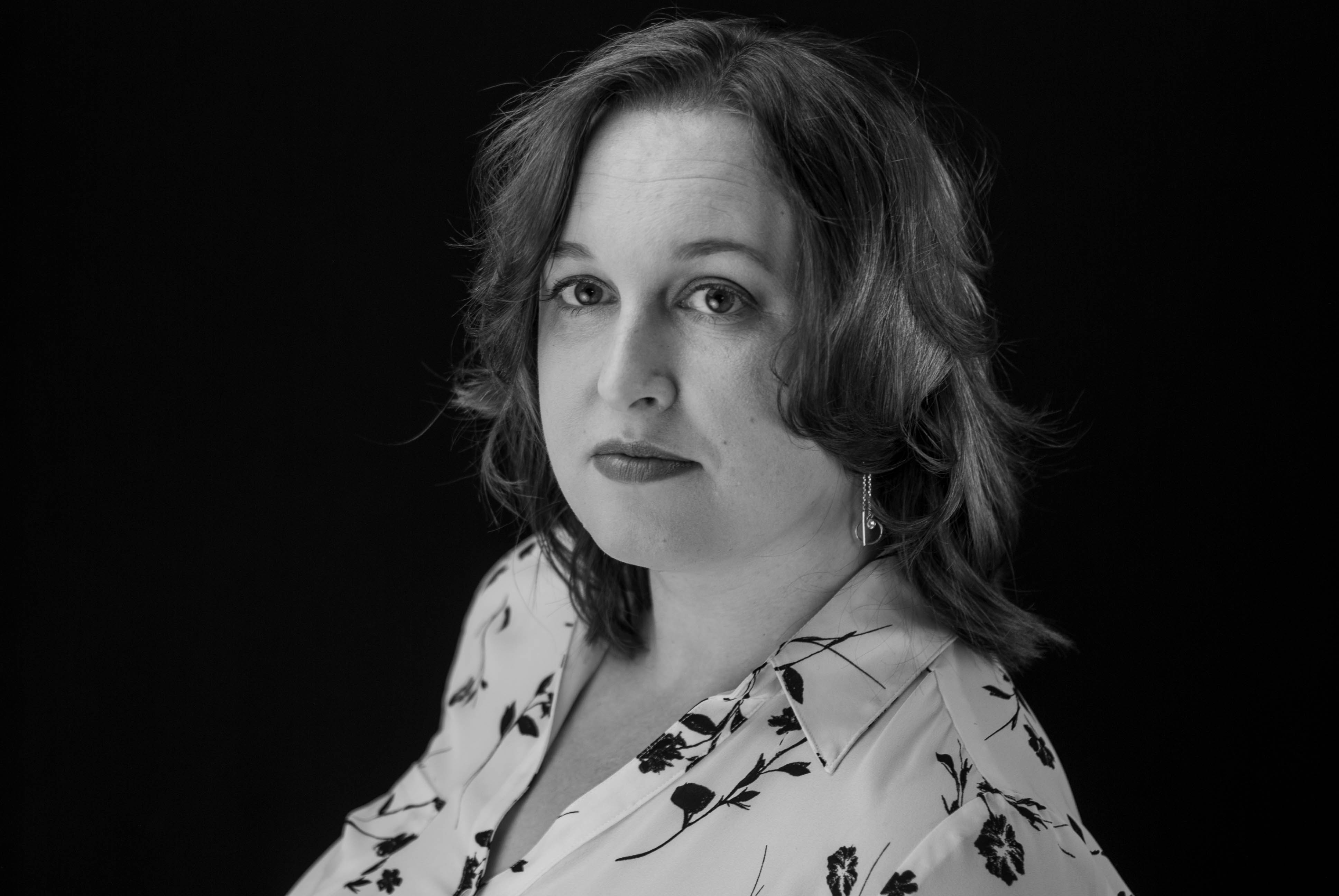 Mystery vs Suspense, Her Jon's Mysteries, and Tips for Aspiring Writers With AJ Sherwood