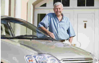 Crash Rates Drop For 70-Something Drivers