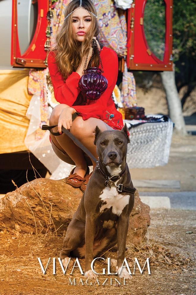 VIVA GLAM MAGAZINE SUPERMODEL PAMELA FRANCESCA GYPSY DAISY DOG