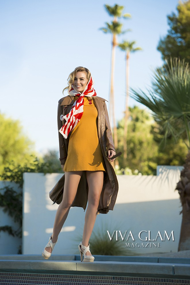 VIVA GLAM MAGAZINE SUPERMODEL KIMBERLY COZZENS PALM SPRINGS FASHION