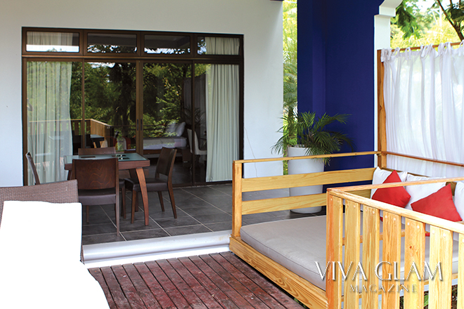 viva glam magazine property review costa rica travel