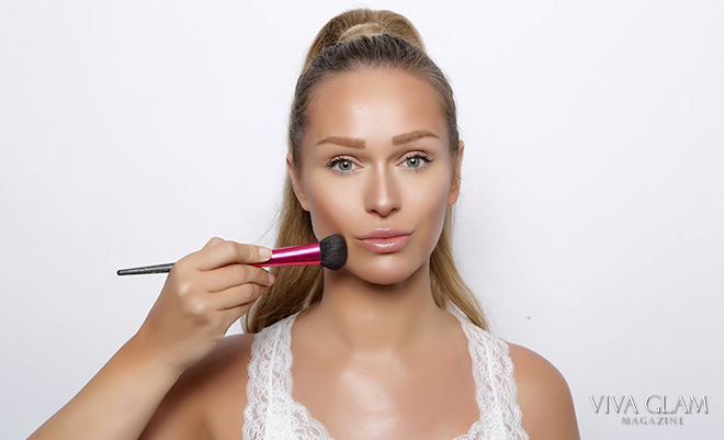 katarina van derham makeup artist viva glam magazine cashmere hair deja jordan ponytail