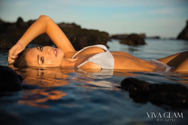 viva-glam-magazine-anna-katharina-sarah-orbanic-sexy-nude-naked-hot-bikini-hawaii-wildfox-water