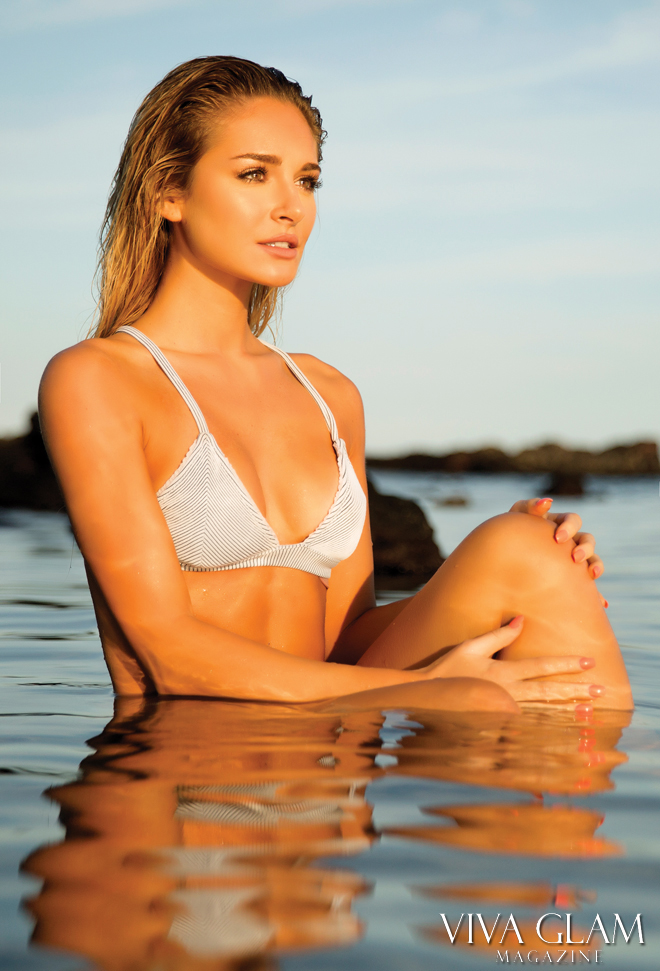 viva-glam-magazine-anna-katharina-sarah-orbanic-sexy-nude-naked-hot-bikini-hawaii-wildfox