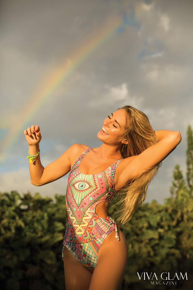 viva-glam-magazine-anna-katharina-sarah-orbanic-sexy-nude-naked-hot-swimsuit-hawaii-wildfox