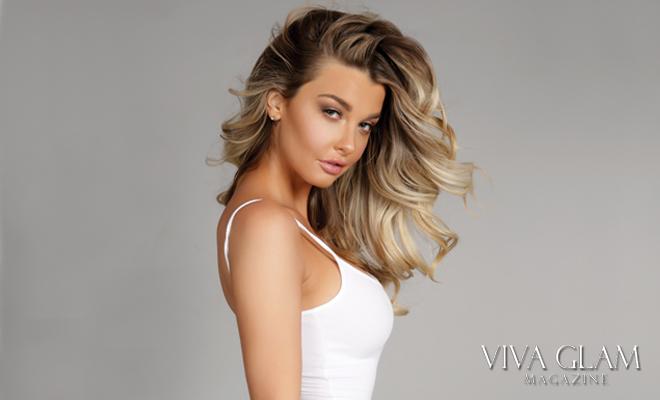 viva-glam-magazine-emily-sears-sexy-nude-naked-hot-bikini-american-apparel-side-head