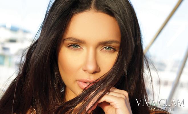 viva-glam-magazine-jamillette-gaxiola-deja-jordan-sexy-nude-naked-hot-bikini-black-gold-chain-head