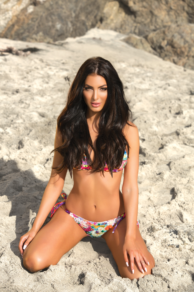 viva-glam-magazine-marissa-ibanescu-deja-jordan-sexiest-balmain