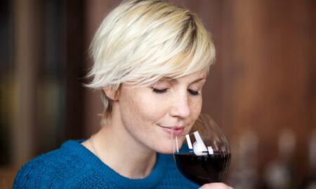 woman-drinking-wine-wine-tasting-smelling-wine-main-image