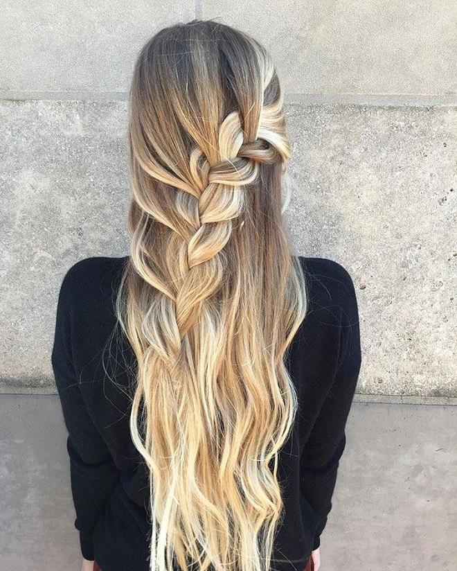 All Hail these Hot Half-up, Half-down Hairstyles diagonal braid