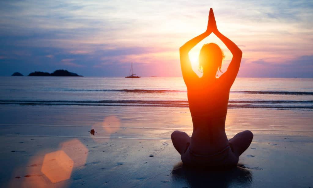 top-benefits-of-hot-yoga-viva-glam-magazine
