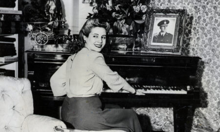 eva-peron-style-playing-piano