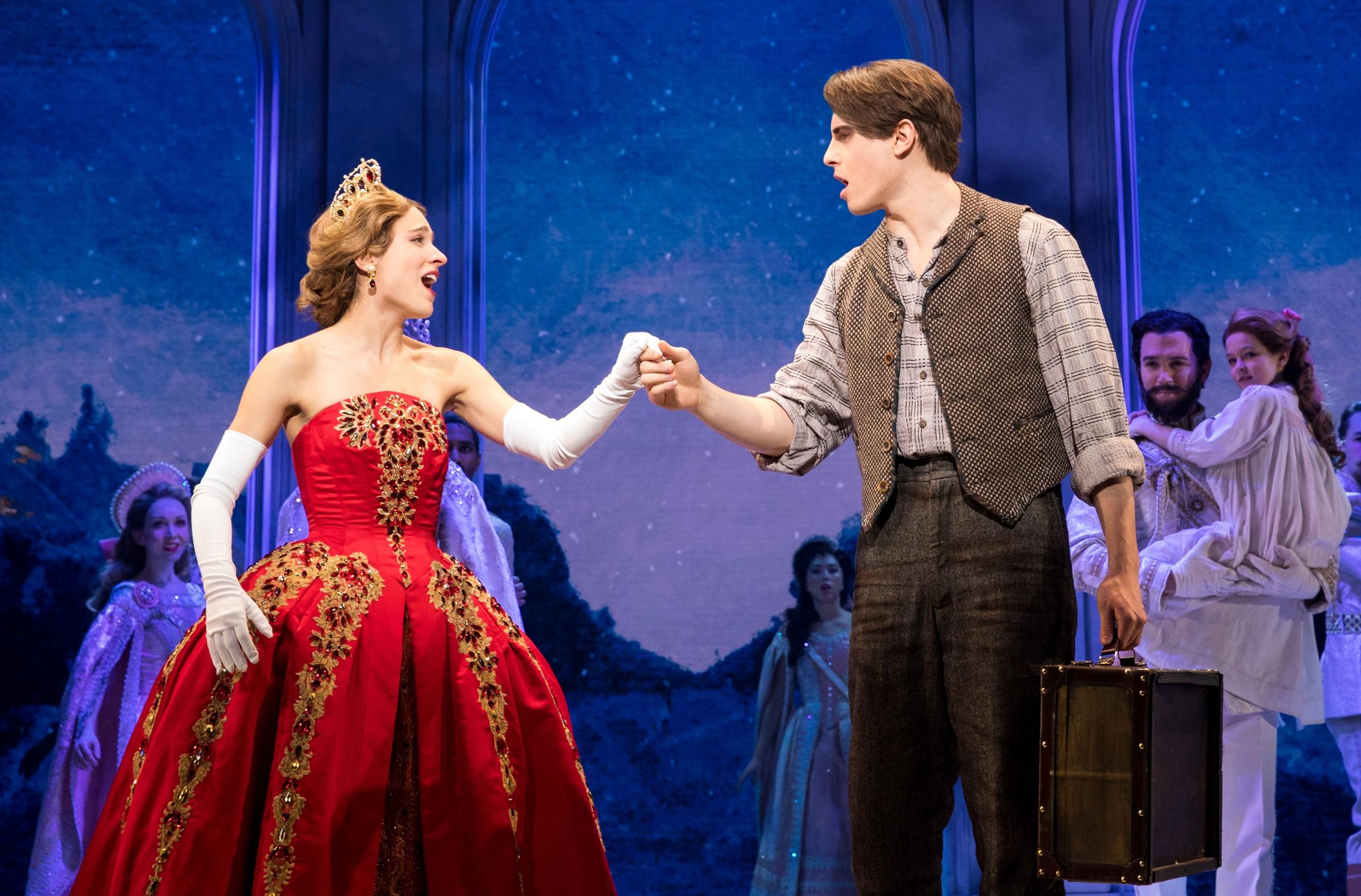 [2200] – Christy Altomare, Derek Klena in ANASTASIA on Broadway, photo credit Matthew Murphy 2017