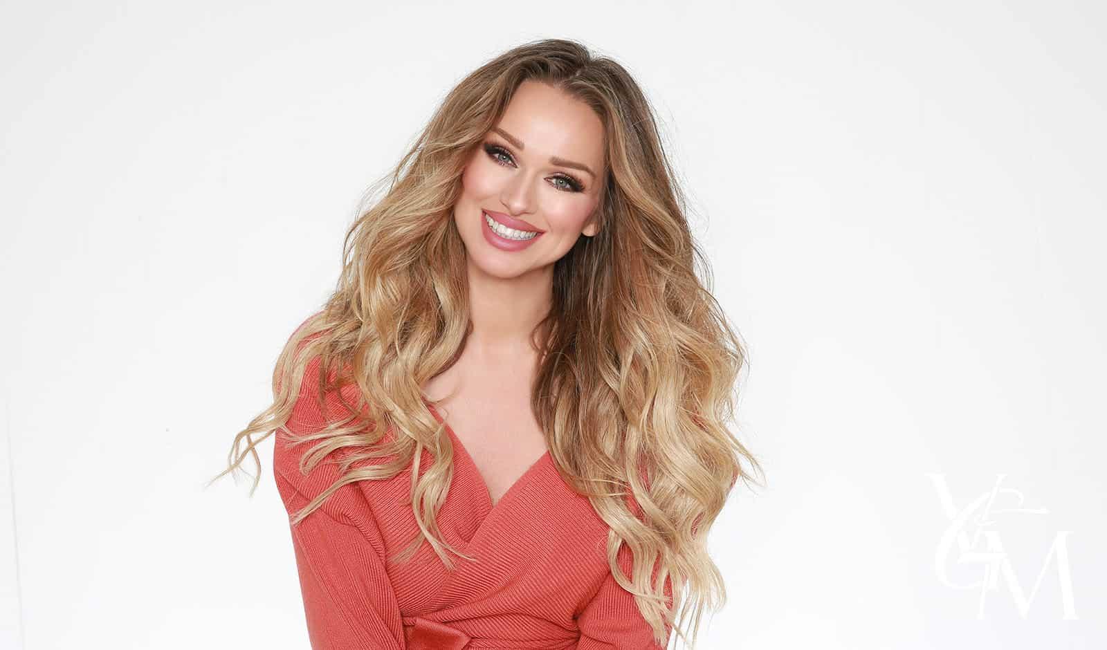 Makeup Tips For Blondes - VIVA GLAM MAGAZINE™