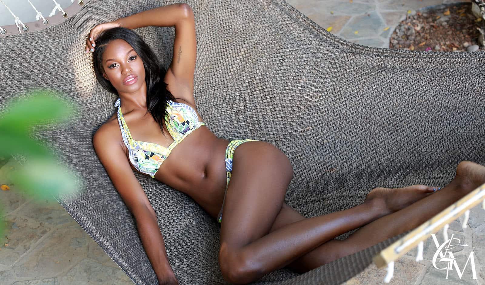 hot-black-model-sexy-bikini