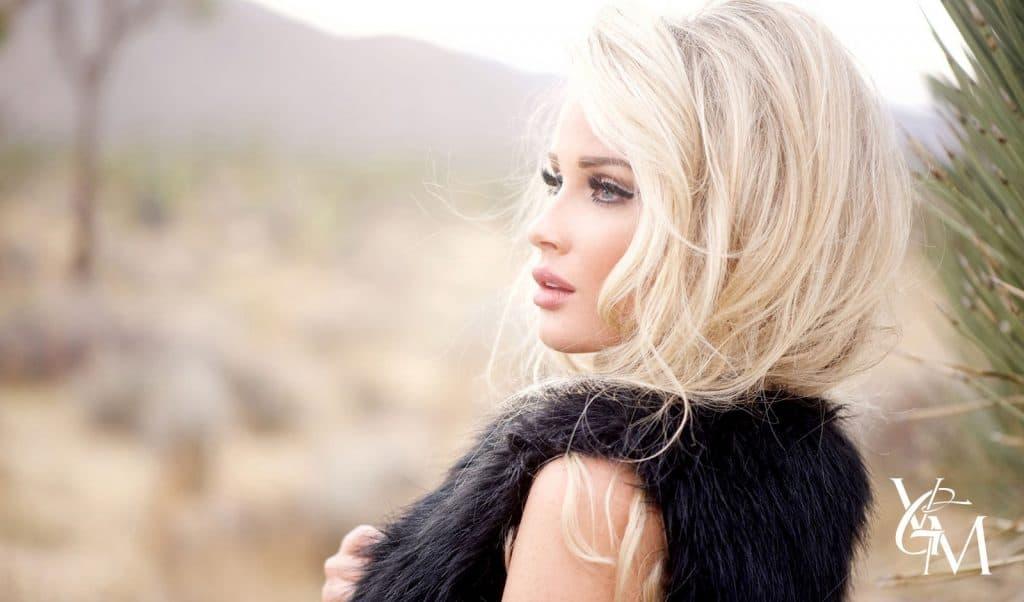 pretty blonde in matte makeup