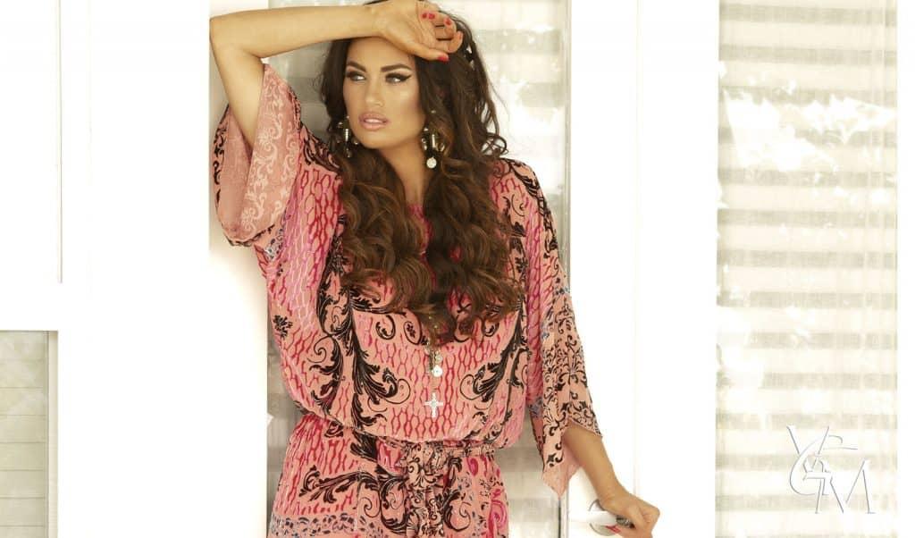 gorgeous brunette model