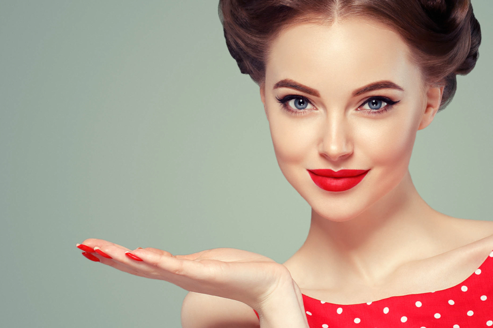Makeup Tricks that Make You Look More Beautiful (According to Science!)