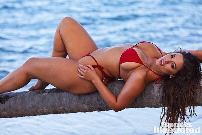 The 15 Hottest and Inspiring Models Ashley Graham