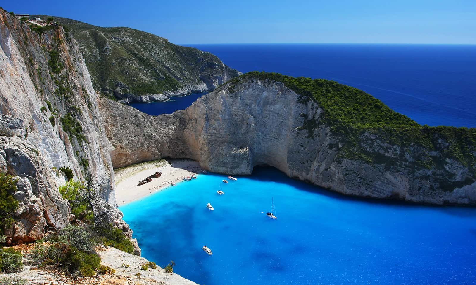 Zakynthos-Island-A-Paradise-in-Greece